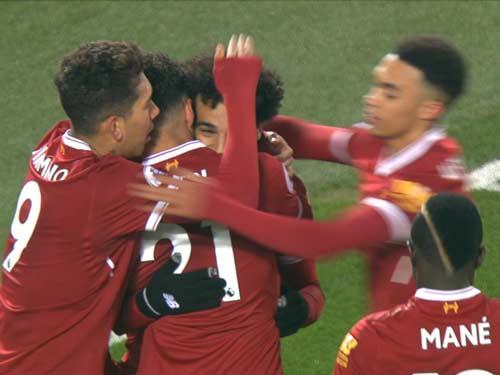Chi tiết Liverpool - Newcastle: Liverpool mất penalty khó hiểu (KT) - 4