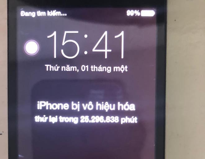 Một phụ nữ ở Nha Trang phải đợi 48 năm để... mở khóa iPhone - 1