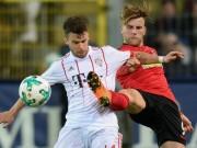 Freiburg - Bayern Munich: 3 phút điên rồ, siêu phẩm nối sai lầm