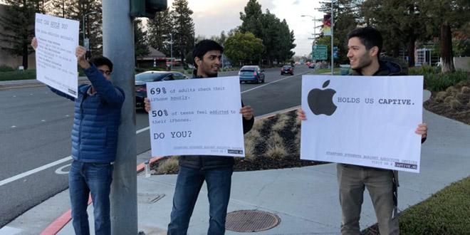 Sinh hòn biểu tình phản đối iPhone hạng Apple vì hoi ghiền - 1