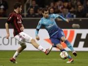 """Arsenal hạ đẹp Milan: Wenger như thắng boxing,  """" nổ """"  tưng bừng"""