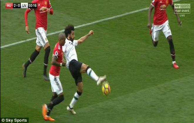 """Góc chiến thuật MU – Liverpool: Mourinho tung đòn hiểm, át vía """"Messi Ai Cập"""""""