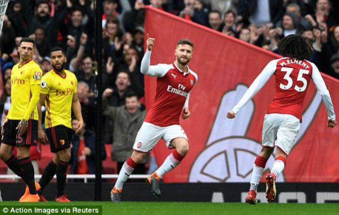"""Arsenal – Watford: Penalty hỏng ăn, """"pháo nổ"""" tưng bừng"""
