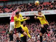 """Arsenal - Watford: Penalty hỏng ăn,  """" pháo nổ """"  tưng bừng"""