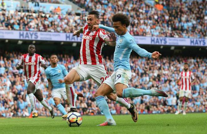 "TRỰC TIẾP Stoke City – Man City: Guardiola là ""Sir Alex mới"" ở Etihad"