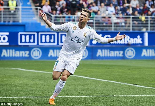 """Tiêu điểm vòng 28 La Liga: Ronaldo, tiếng gầm của """"Vua sư tử"""" - 2"""