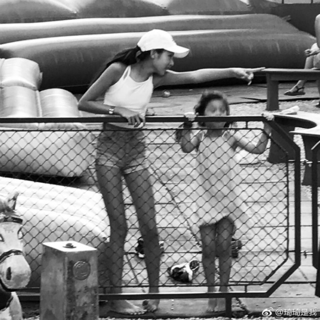Con gái ông trùm phim xã hội đen Hong Kong phổng phao tuổi 14 - 7