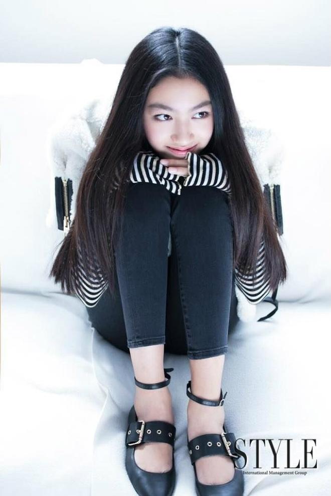 Con gái ông trùm phim xã hội đen Hong Kong phổng phao tuổi 14 - 3