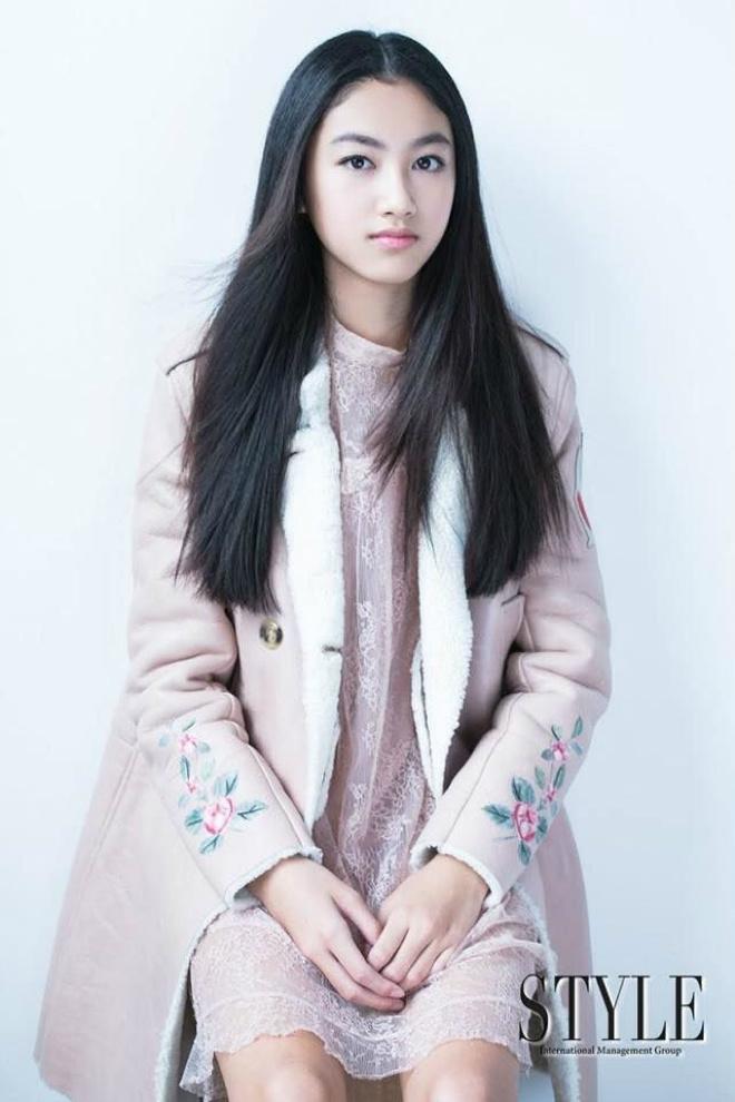 Con gái ông trùm phim xã hội đen Hong Kong phổng phao tuổi 14 - 1