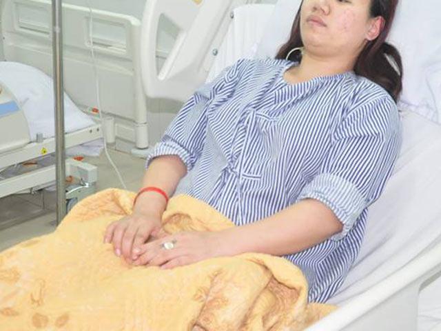Ngậm kẹo thường xuyên vì tưởng hạ đường huyết, cô gái trẻ không ngờ mắc bệnh hiếm - 1