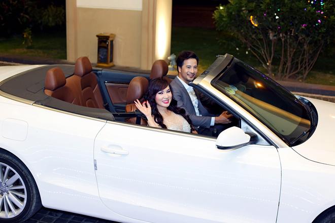Đoàn Thanh Tài tháp tùng ca sĩ hải ngoại Kavie Trần bằng xe tiền tỷ - 1