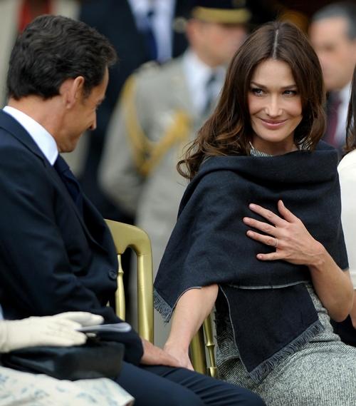 """Siêu mẫu Ý là """"sát thủ trái tim"""" hàng loạt chính trị gia đình đám - 13"""