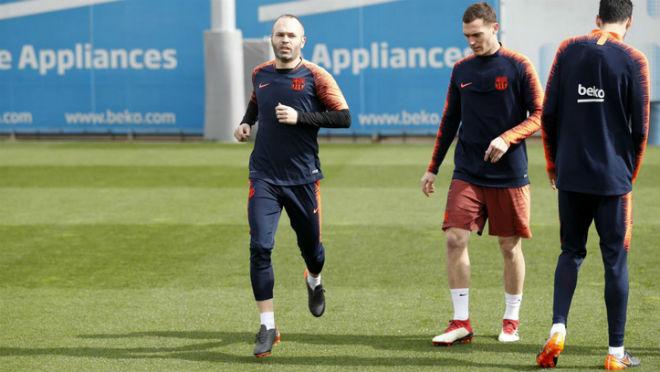 """Barca chơi """"đòn gió"""" đấu Chelsea: Iniesta vẫn đá, tái hiện nỗi ám ảnh 2009 - 2"""