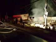 Tin tức trong ngày - Vụ cháy 5 người chết ở Đà Lạt: Camera ghi hình ông hàng xóm cầm can xăng
