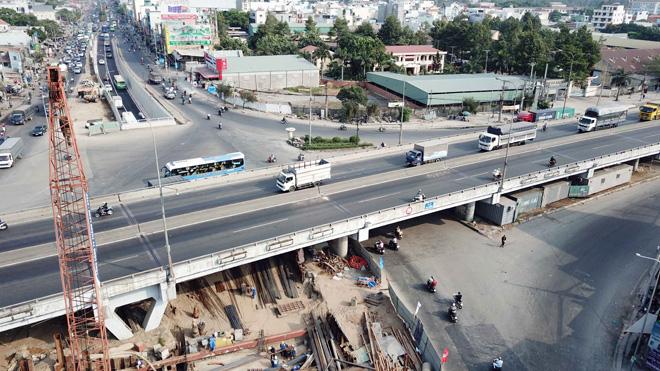 """Hầm chui 500 tỷ xóa nút giao thông """"nuốt người"""" ở Sài Gòn - 10"""
