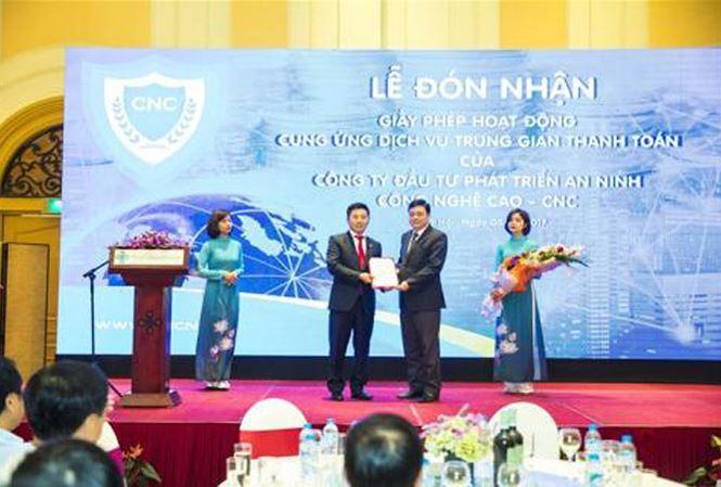 'Ông trùm' Nguyễn Văn Dương cùng cầm đầu đường dây đánh bạc - 1