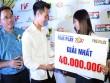 Tiền đạo Văn Toàn gây bất ngờ với tuyển thủ nữ Việt Nam