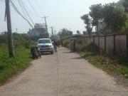 Đặt xe GrabBike chở về nhà trong đêm vắng, nữ hành khách bị cướp tài sản
