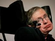 """Sự thật về căn bệnh không thuốc chữa  """" giết dần giết mòn """"  thiên tài vật lý Stephen Hawking"""