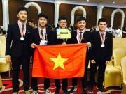 ' Cậu bé vàng '  giành học bổng của Viện công nghệ số 1 thế giới