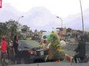 Nóng 24h qua: Cái kết cho nữ tài xế lùi ô tô sai còn chửi bới người khác