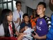 Người đẹp Cần Thơ cuồng nhiệt đón Quang Hải U23 như siêu sao