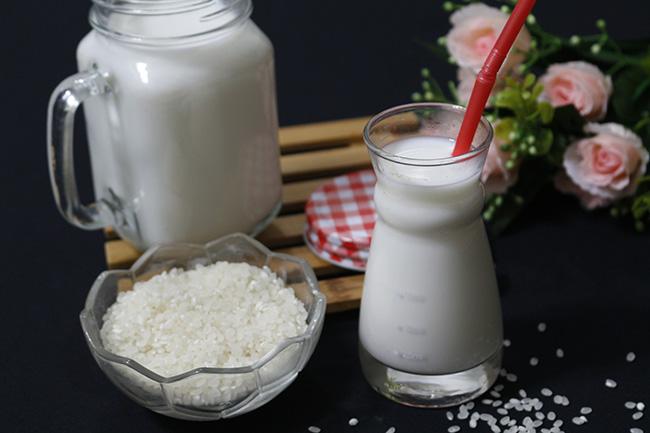 Tự làm sữa gạo Hàn Quốc ngọt mát lại cực rẻ, tội gì không thử - 7