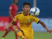 """Phan Văn Đức ra mắt V-League: Hay như U23 Việt Nam, chỉ quá  """" đen """""""