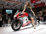 Đỉnh cao so tài BMW 760Li vs Ducati V4S - Ai sẽ là người chiến thắng?