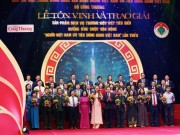 Hàng Việt Nam chinh phục người Việt Nam
