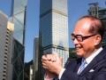 Bỏ học sớm đi làm thuê, từ tay trắng thành người đàn ông giàu nhất Hong Kong