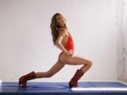 Chưa đầy 20, con gái người hùng Rambo đã là người mẫu có giá
