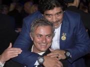 """Hạ dàn huyền thoại Maradona, Mourinho  """" giải nhiệt """"  sức ép ở MU"""