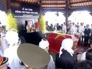 Linh cữu cố Thủ tướng Phan Văn Khải đã về đến quê nhà