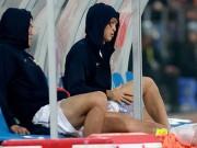 Bầu Đức ra tay, bác sĩ của Park Ji Sung điều trị Tuấn Anh bị chấn thương
