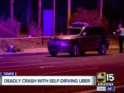 Camera hành trình: Khoảnh khắc xe tự lái của Uber tông chết người đi đường