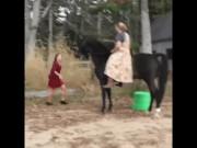 Những pha ngã ngựa kinh điển nhất hành tinh