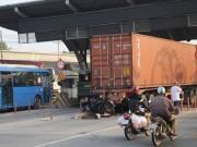 Người nước ngoài tử vong tại trạm thu phí ở SG sau tiếng động lớn