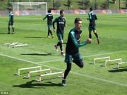 Tin HOT bóng đá trưa 23/3: Buffon so sánh Messi với Ronaldo