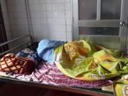 Triệu tập phụ huynh đánh cô giáo đang mang thai nhập viện