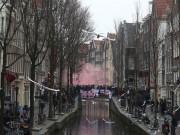 Hooligan Anh diễu võ dương oai trước World Cup: Náo loạn Hà Lan, 90 người bị bắt