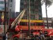 Cháy khách sạn ở quận 5, 19 người mắc kẹt