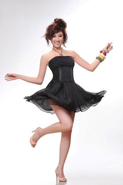 Ngân Khánh muốn làm ca sĩ - 2