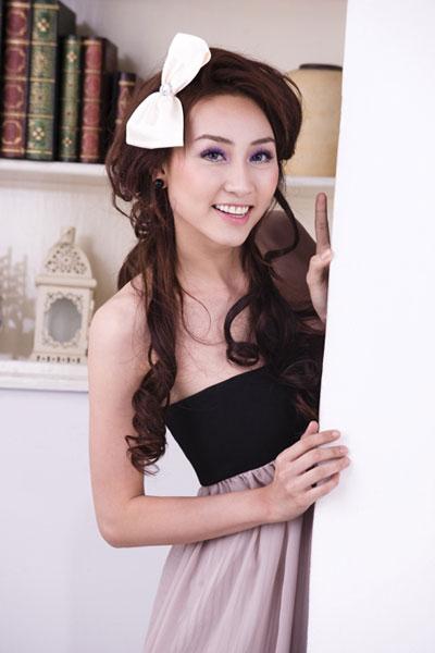 Ngân Khánh muốn làm ca sĩ - 3