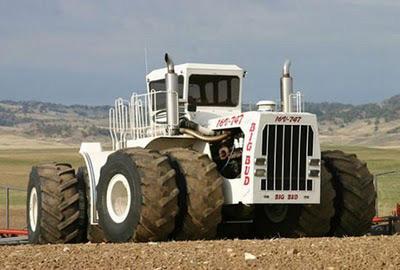 Chiếc máy cày lớn nhất thế giới - 2