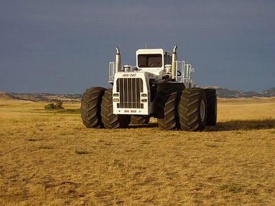 Chiếc máy cày lớn nhất thế giới - 4