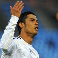 """""""Sốc"""" với siêu xe của Ronaldo"""