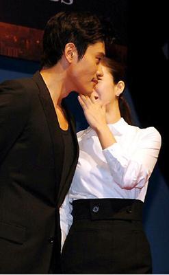 Lee Byung Hun&Kim Tae Hee quay lại phim IRIS 2? - 17