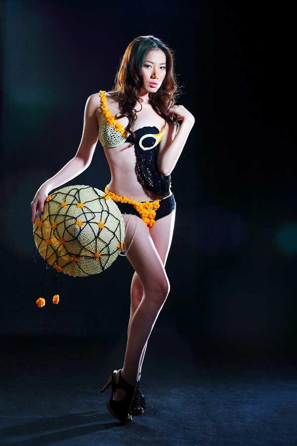 """Cuộc thi thiết kế thời trang """"Cảm hứng sáng tạo cùng Triumph – London 2010"""" - 1"""