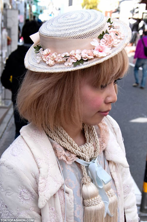 Teen Nhật chuộng mũ vành cứng - 5